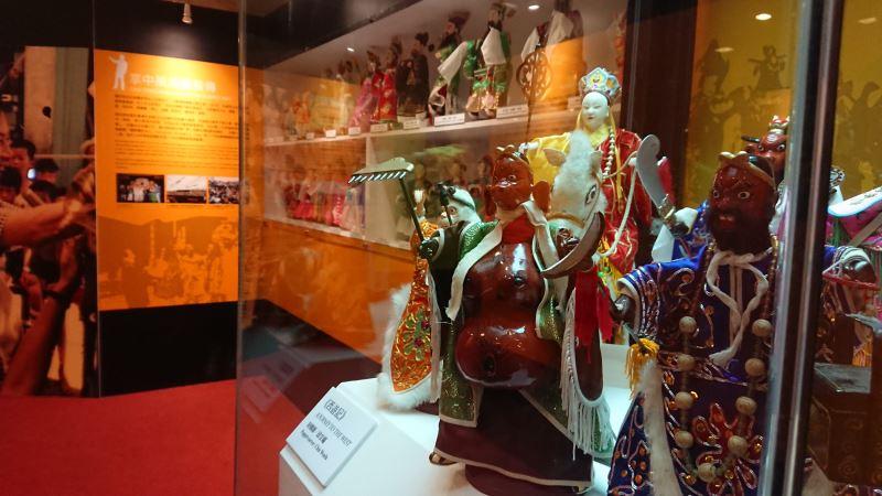 《西遊記》是鍾任壁老師1982年首次至日本巡演的劇碼之一,希望透過國際知名的《西遊記》故事,讓外國觀眾更容易了解布袋戲的魅力。