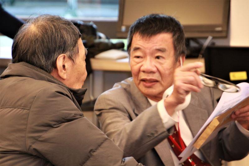 圖6_葉光毅老師(右)與劉秀明前輩交流獄中傳唱歌謠_IMG_4292