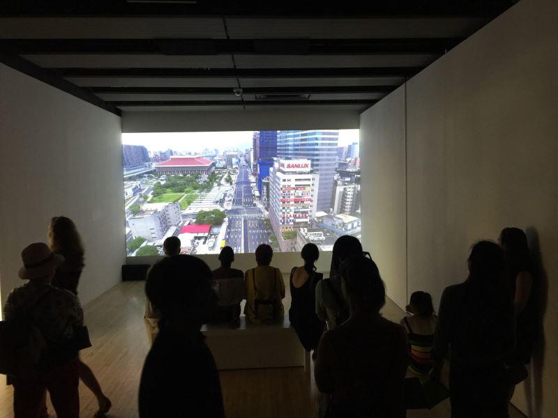 袁廣鳴倫敦首度個展《明日樂園》在海沃德美術館舉行,亦在倫敦藝術之夜對外開放