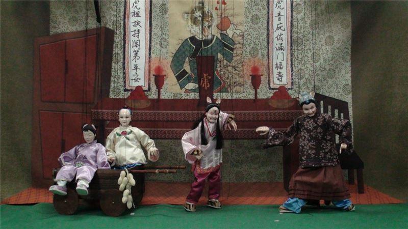 《不及格的虎姑婆》演出照片(2010)。