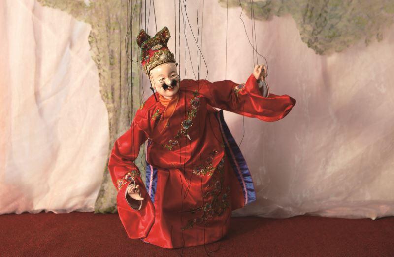 傀儡戲主要分為生、旦、北、丑(雜)四大行當,圖為滑稽的丑角。