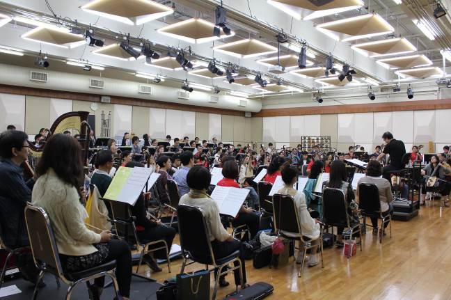 「和平禮讚音樂會」臺灣國樂團與香港中樂團聯合排練。