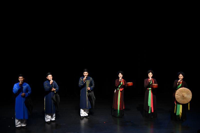 閉幕式專場演出-越南北寧官賀民歌藝術團