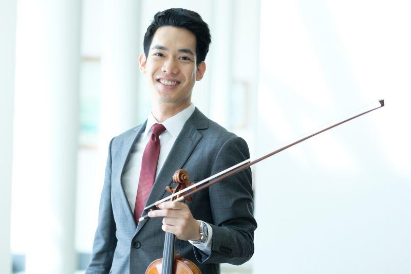 小提琴家林品任