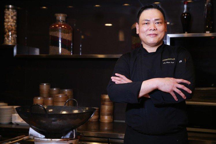圖3_國賓大飯店行政總主廚林建龍將發表以友善食材創作的永續年菜