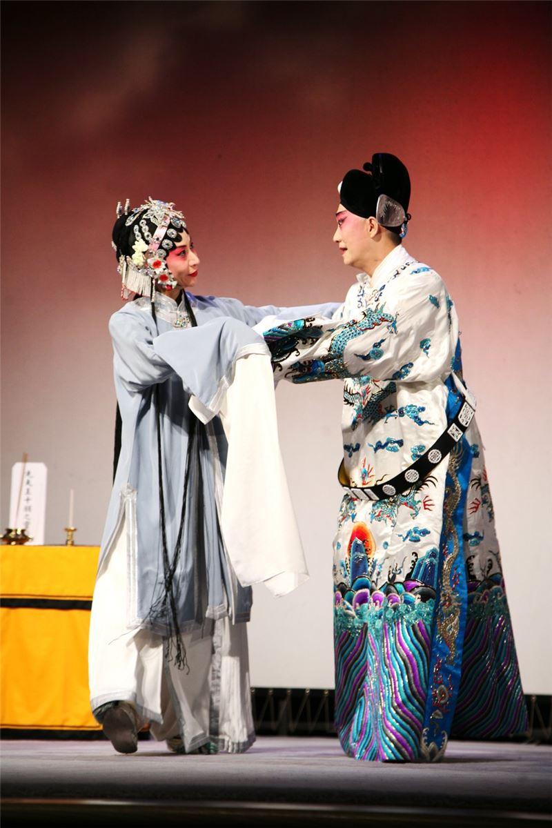 《荊釵記》演出照片(2012)。(郭勝芳飾錢玉蓮,趙揚強飾王十朋)