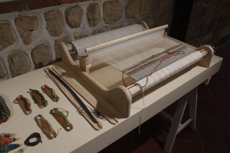 開幕手織體驗之簡易織機