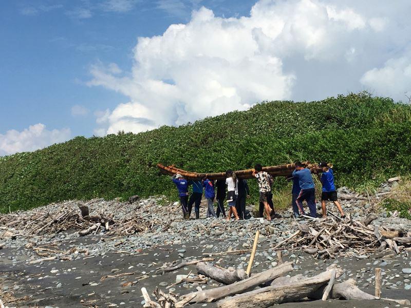 史前館『3萬年前的航海』計畫-IRA2號竹筏將自2日起,於台東長濱烏石鼻海灘試航