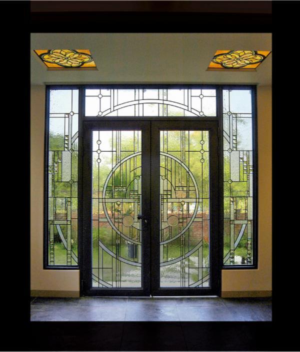 芳仕.璐昂琉璃藝術館的大門