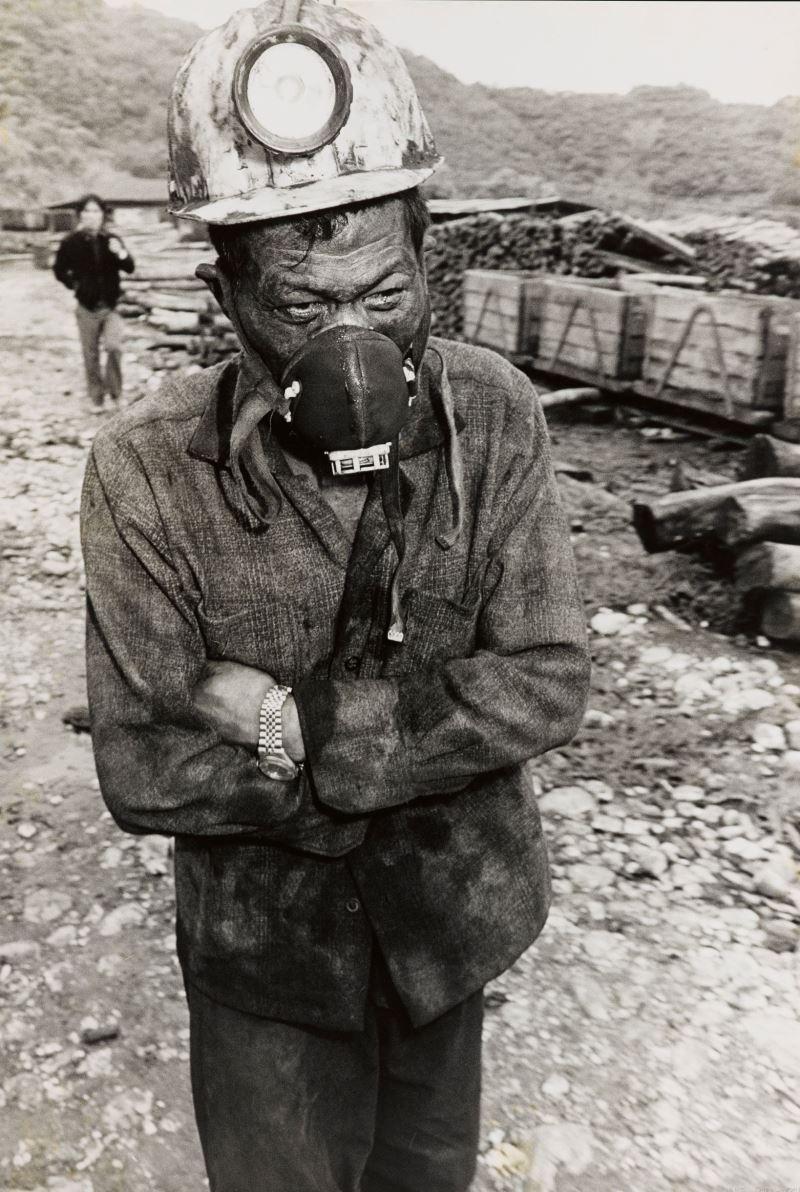 梁正居,〈福田煤礦〉,明膠銀鹽相片,_140.5_×_95__cm,國家攝影文化中心典藏