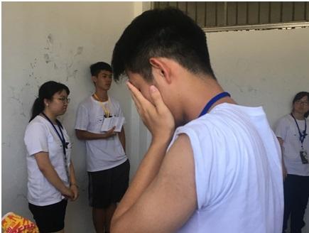八卦樓押房內的劇場體驗,學員正在進行政治受難者與獄卒的角色扮演