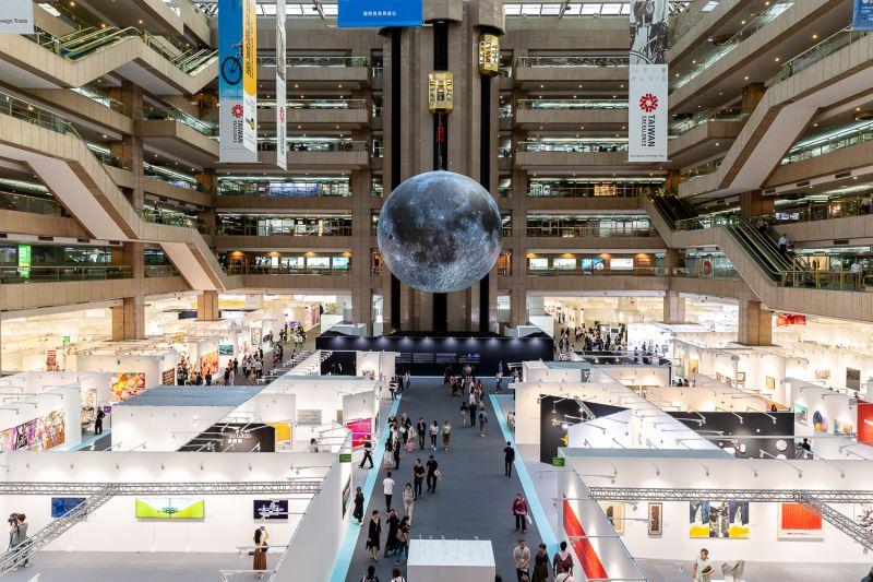 第25屆ART TAIPEI 2018台北國際藝術博覽會在世貿一館隆重開幕