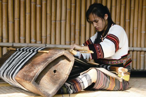 傳統的原民織女