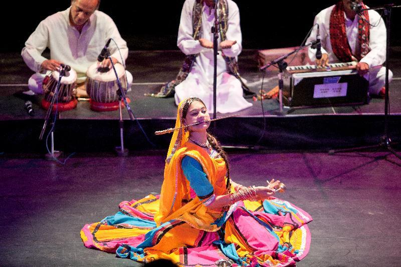 一個手勢、一抹眼神都是藝術的印度行旅者舞團
