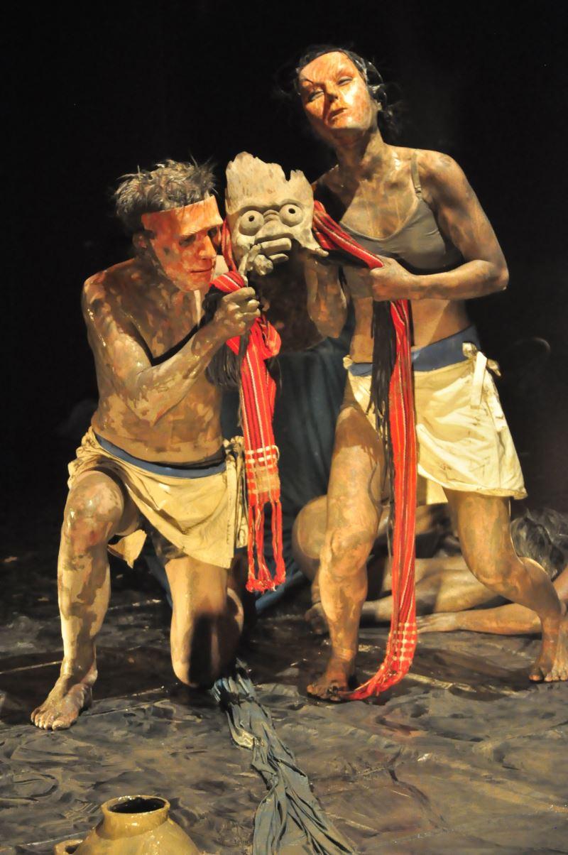冉而山劇場將眾人的現場表現轉為行為藝術,成為冉而山劇場的第一個行為藝術《Misa-Lisin.彌莎禮信》。