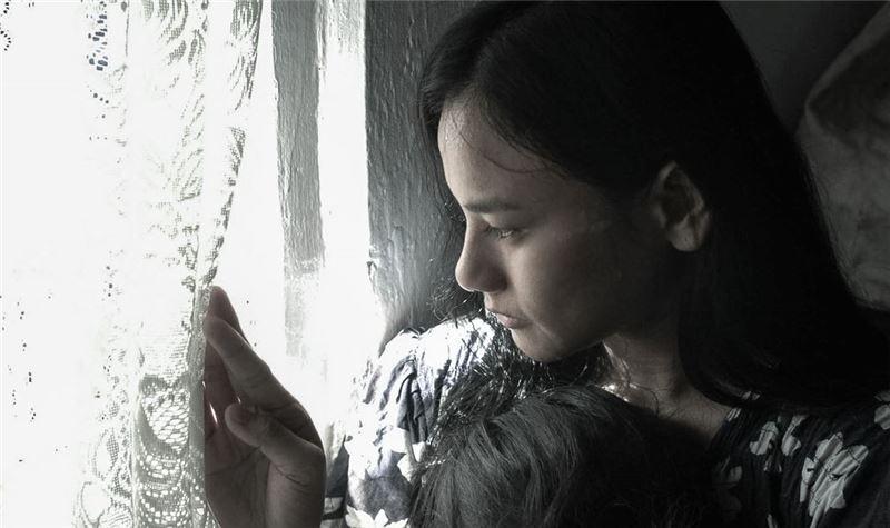他的情人洛伐特說神父要帶她去臺灣學縫紉。