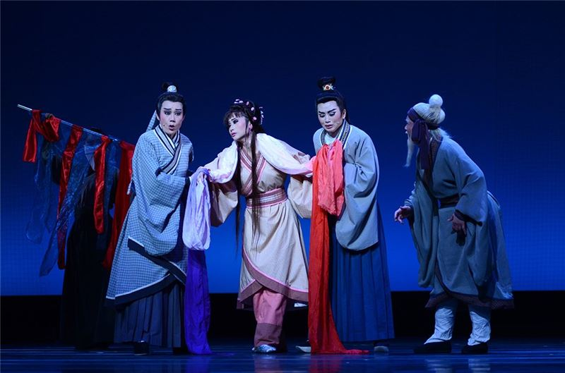 "Performance photo of "" Heart Off "" (2013).( Guo Chun-mei as Bo Yan)"