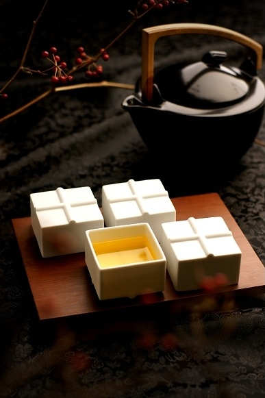 CiCHi's tofu-inspired tea set (pictured above) is one of the 60 sets of Made-in-Taiwan premium products that will be showcased at the 2013 Lifestyle Interior Tokyo fair.