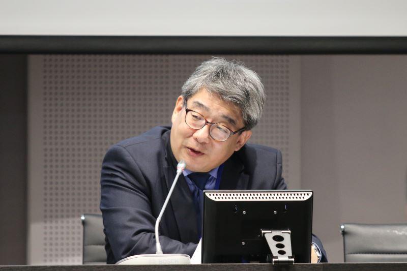 研討會第一場活動由日本大學藝術學部教授高久曉(Satoru Takaku)進行專題演講