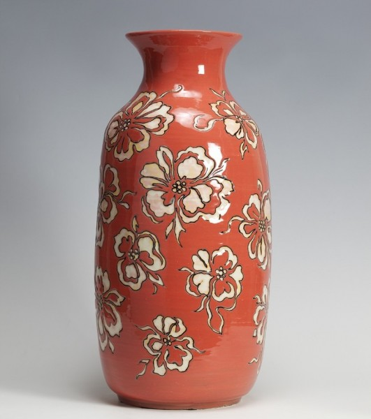 2010   Straight Coral Red Glazed Vase with Flower Pattern