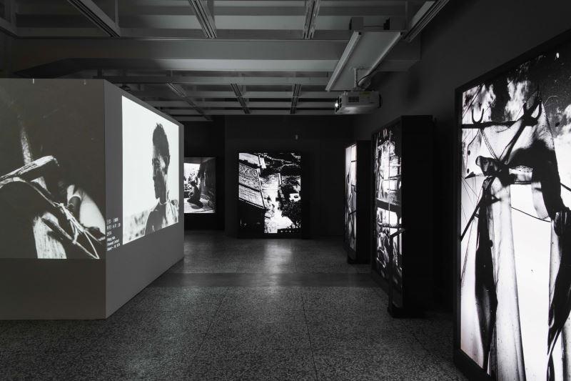 國家攝影文化中心《臺灣的模樣》展覽透過多元化的媒介,為觀眾打造沉浸式的觀展體驗。