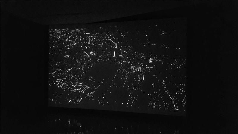 賴珮瑜,Another Sky- Meteor,2014,錄像(展場照)