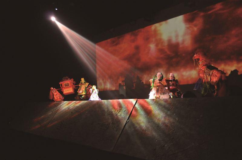 2015年於傲氣之珠劇場的演出。
