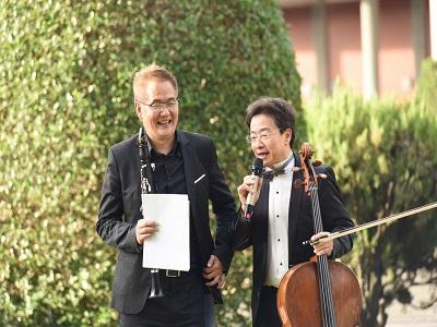 張正傑教授與陳威稜老師PK演奏,掀起活動最高潮。