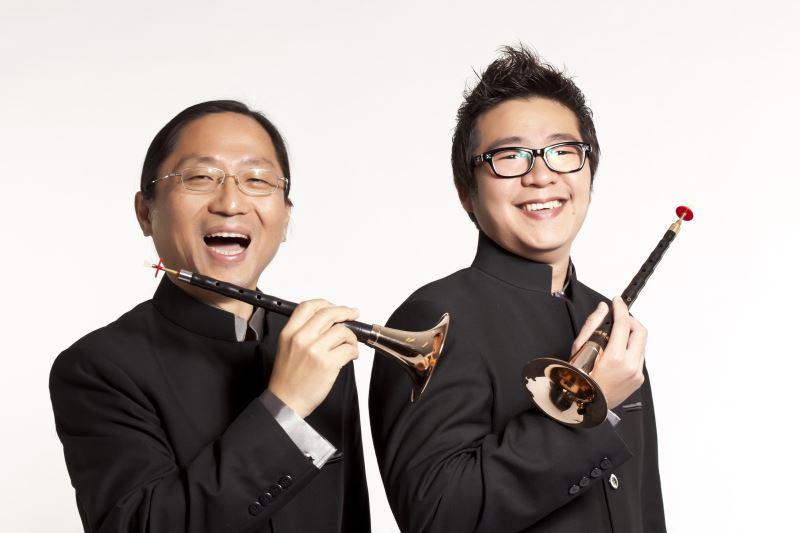 圖6:臺灣國樂團將獨自展現臺灣不同族群的音樂風格,演出取材自客家山歌的雙嗩吶協奏曲《客家音畫》(圖左:嗩吶/崔洲順、圖右:嗩吶/石瑞鴻)。