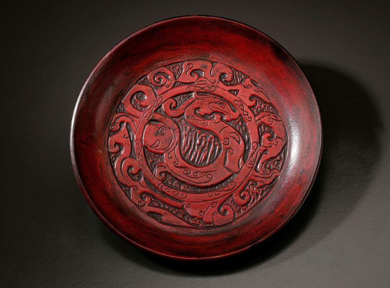 龍紋雕刻陶盤-賴信佑