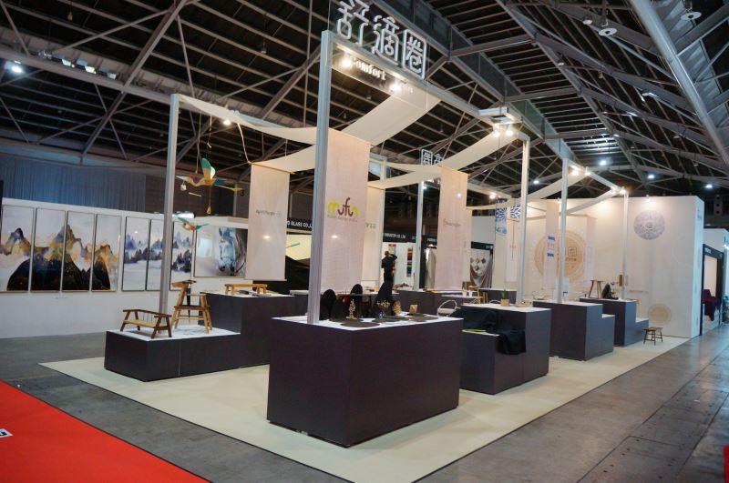 本次以「舒適圈.Comfort zone」為策展主題,打造96平方米的工藝品牌形象館。