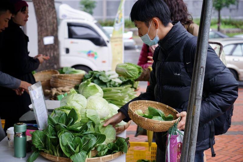 圖2_永續年菜博覽會提供經認證的年菜食材