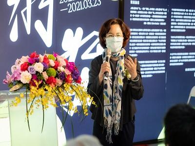 高雄市政府文化局簡美玲副局長致詞。