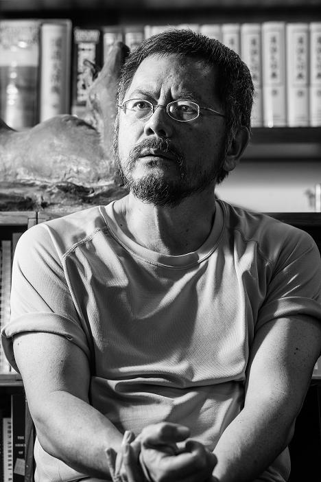 焦桐肖像照(來源/二魚文化事業有限公司)