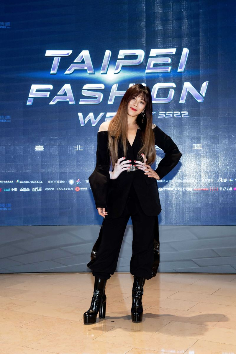 蔡健雅出席「2021臺北時裝週SS22」