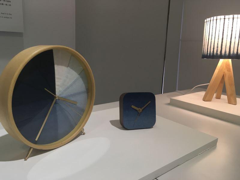 1.由工藝中心與水保局輔導的的太平藍染色工藝既天然又時尚,圖為參加工藝中心設計館在地工藝進化論展展出之作品。