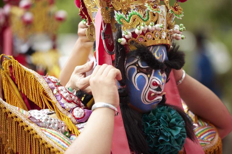 完成開臉與著裝後,即代表其所扮演的神祇。