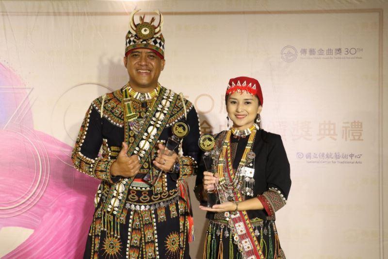 最佳傳統音樂專輯獎 nanga tathné 來唱歌ㄖㄚ _ 亞洲唱片有限公司