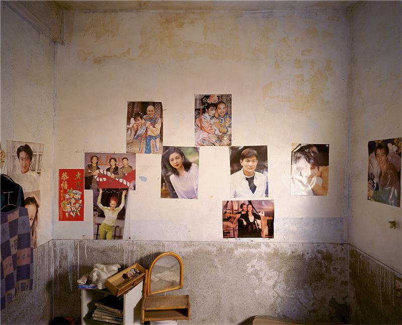 CHEN Po-I〈Remains(No.85-1, Haishan 2nd Rd., Hongmaogang, Kaohsiung City -Yang Mei Er's house)〉2006 Lightjet C–print 100×125 cm