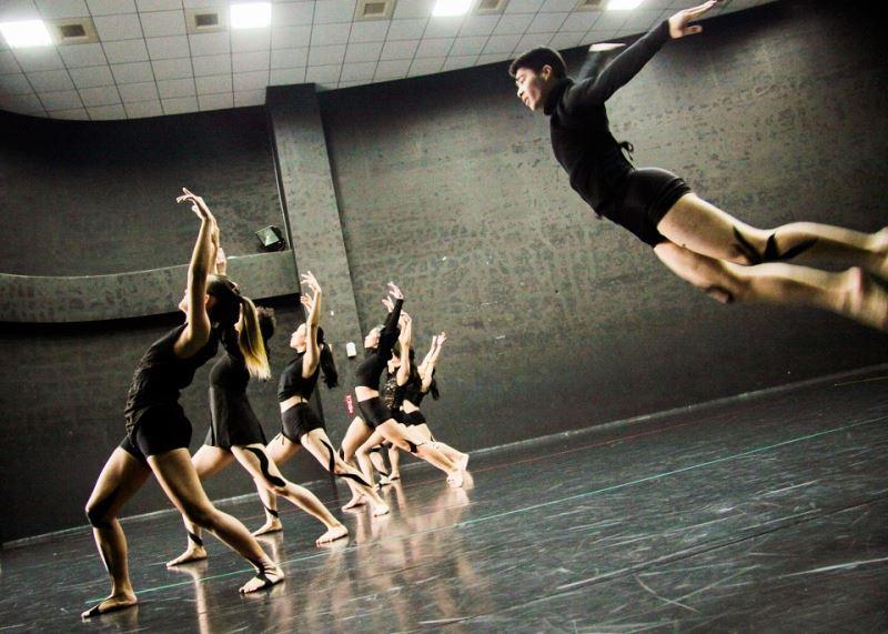 極至體能舞蹈團《普羅米修斯的創造》舞劇排練照