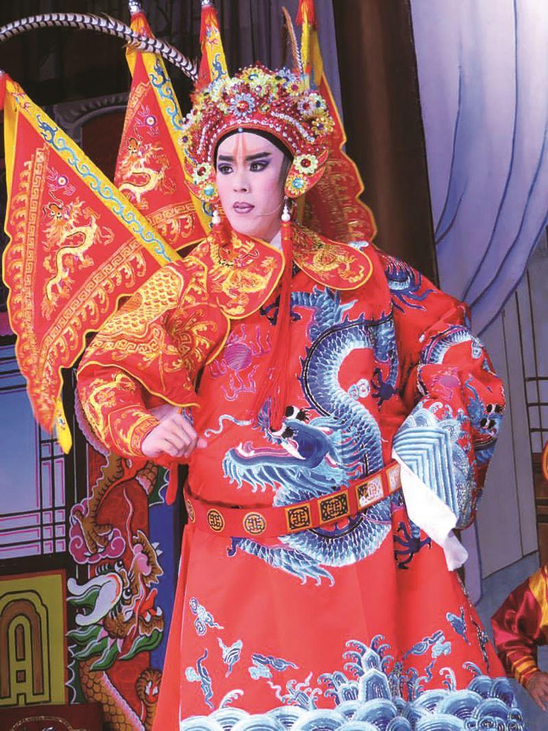 2014年王冠茗於新加坡,參與大馬西江月劇團演出。