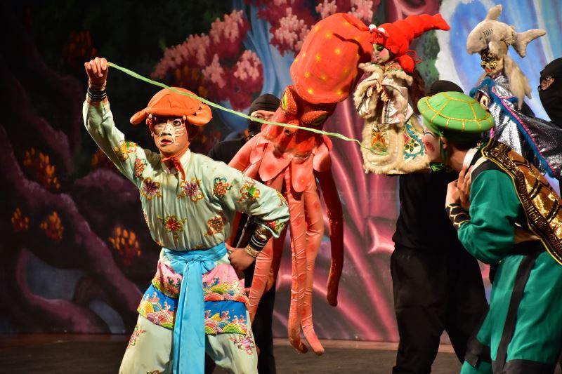 海洋保衛戰 由古都木偶劇團與臺灣豫劇團共同演出4