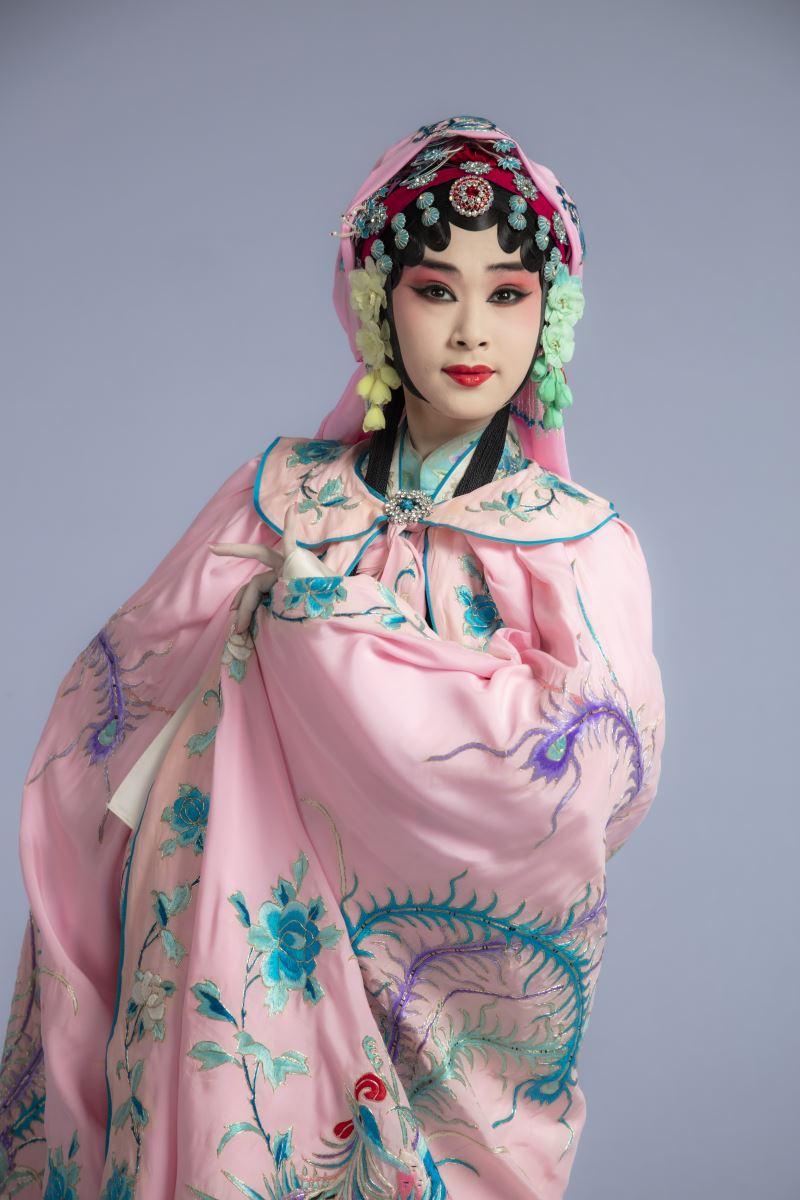 《遊園》林庭瑜飾杜麗娘,呂家男飾春香 (1)