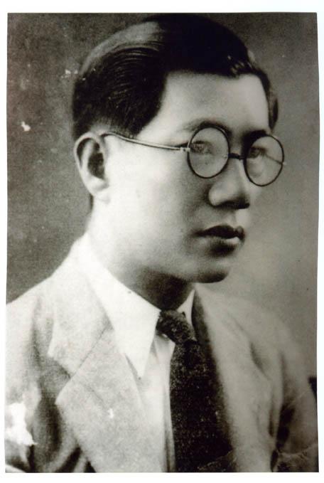 吳新榮肖像照(來源/國立台灣文學館)
