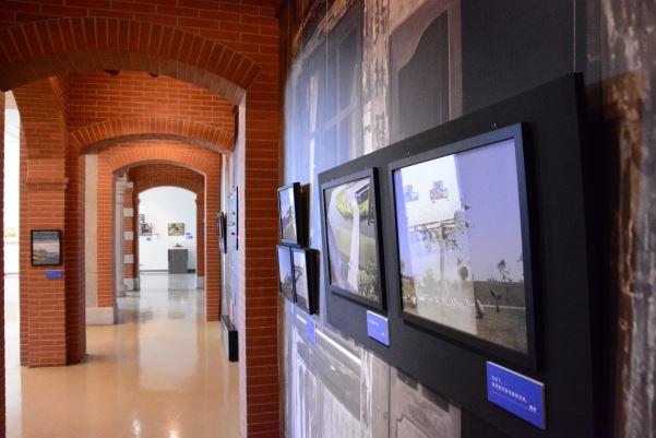「遇見臺史博」單元,智青試著自己搭公車來臺史博,經過臺史博安排易讀導覽後拍下臺史博的景物,也更了解這塊土地的文化。