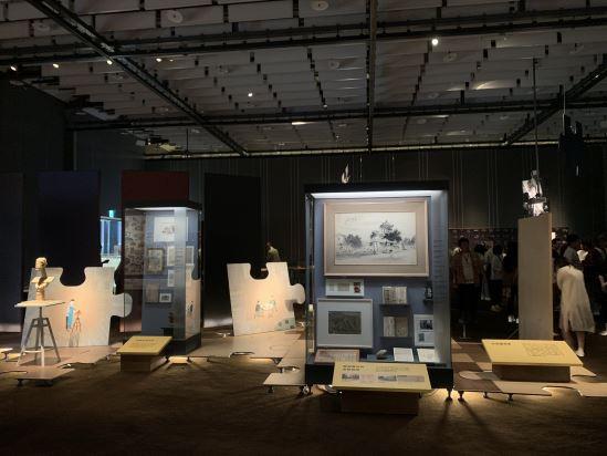 臺南市文史協會的先行者們透過不同的專長,諸如寫作、繪畫、攝影、雕塑等,進行文史調查與創作,共筆臺南。