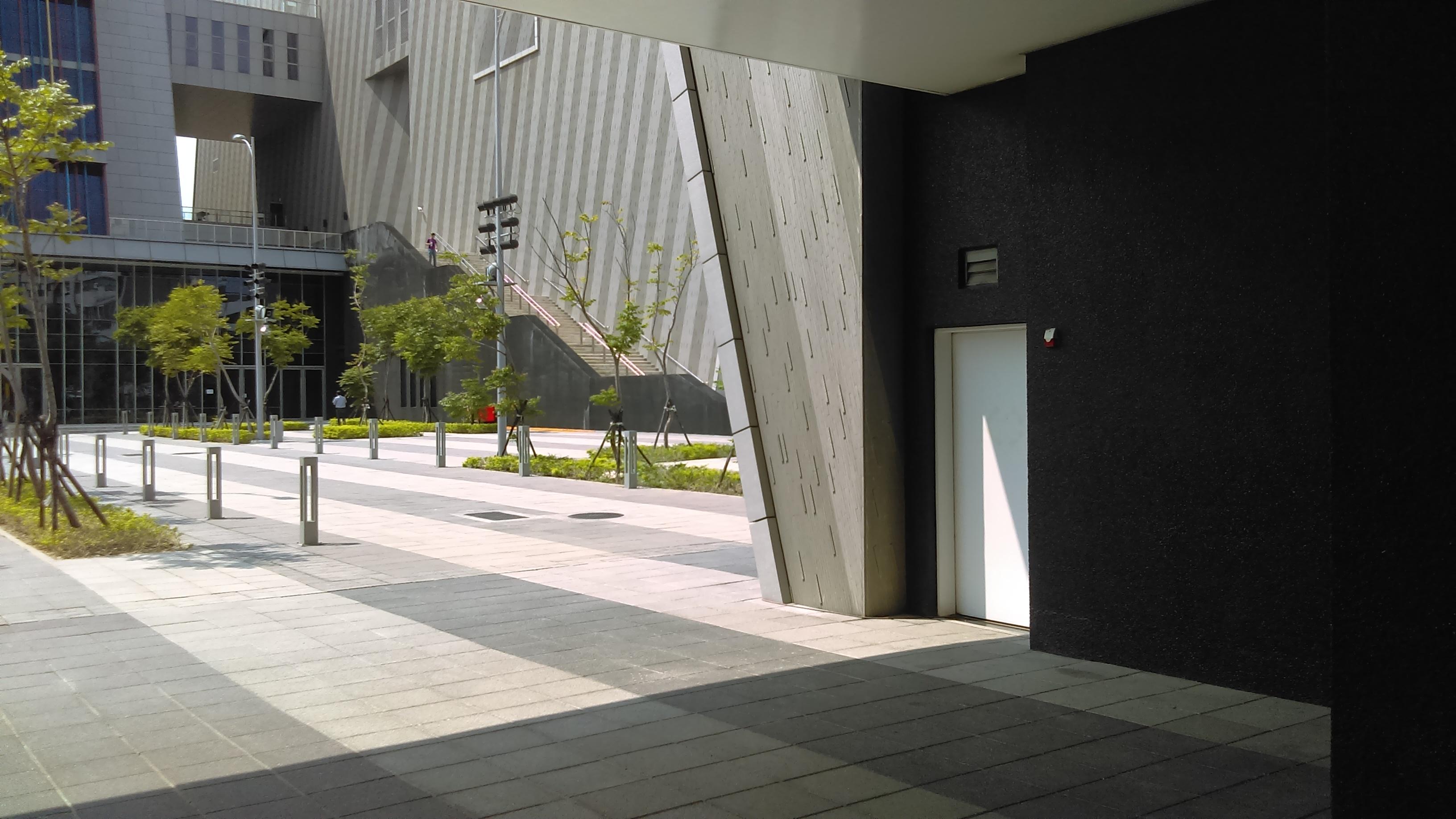 臺戲中心無障礙廁所照片,位於臺灣音樂館一樓