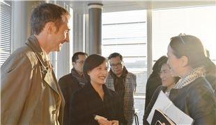文化部長鄭麗君拜會法國國營電視集團主席