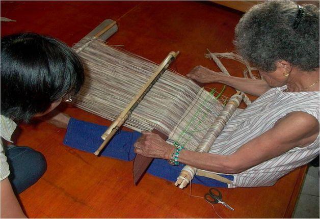 Late Kavalan weaver-shaman receives presidential citation