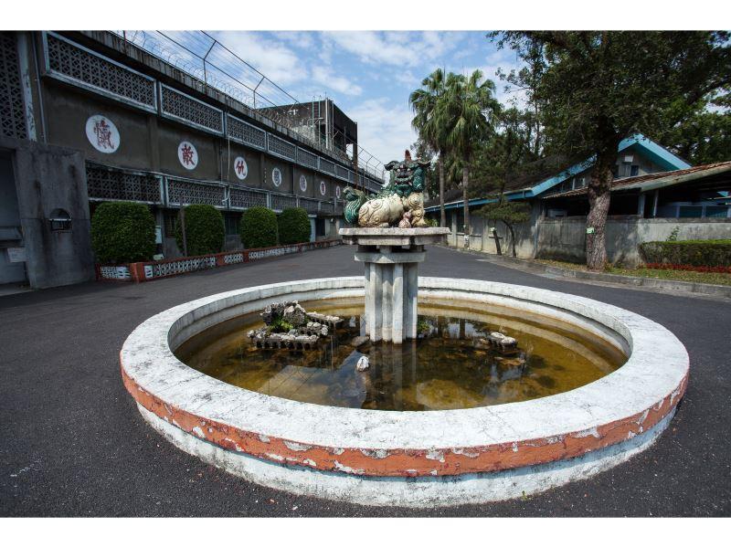 神獸獬豸水池